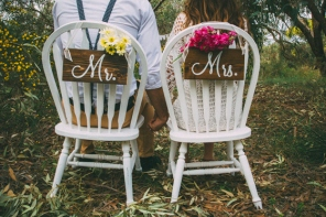 Mr & Mrs Wooden Signs $25/ (Photo: Mad Love Nation)